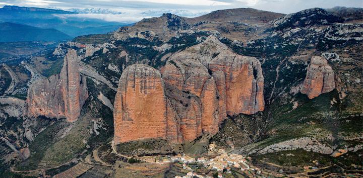 Huesca turismo for Oficina de turismo huesca