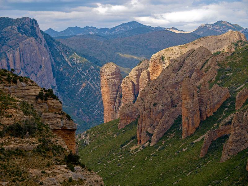 The surrouding areas huesca turismo for Oficina de turismo huesca